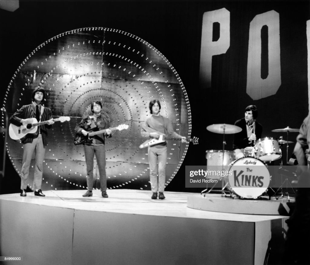 The Kinks On Top Of The Pops : News Photo