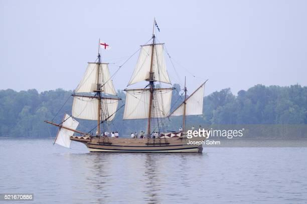 English sailing ship replica sailing down the James River
