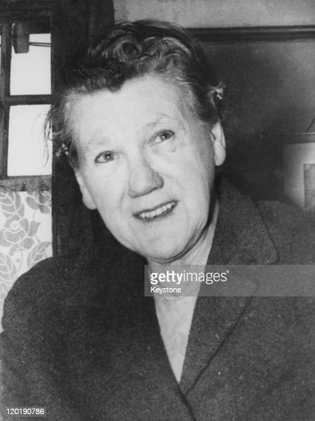 English serial killer Mary Elizabeth Wilson , 31st May 1958.Wilson, also known as the 'Merry widow of Windy Nook', poisoned her four husbands between...