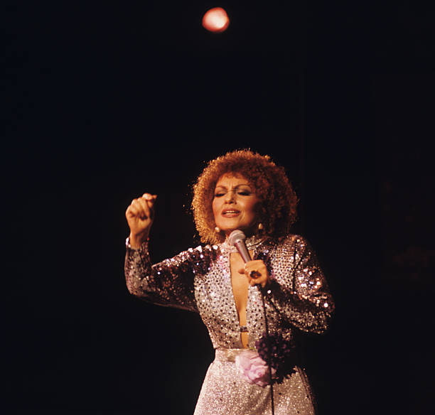 Cleo Laine Performs On Stage