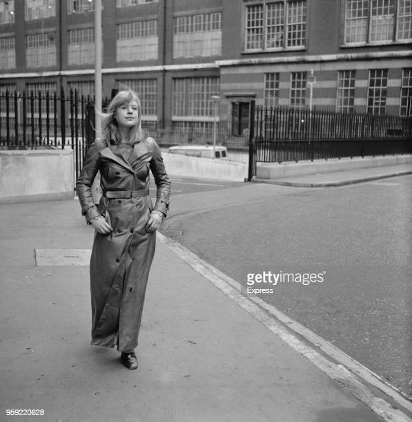 English singer and actress Marianne Faithfull outside the Royal Courts of Justice in Holborn London on 31st October 1970 Faithfull's husband artist...