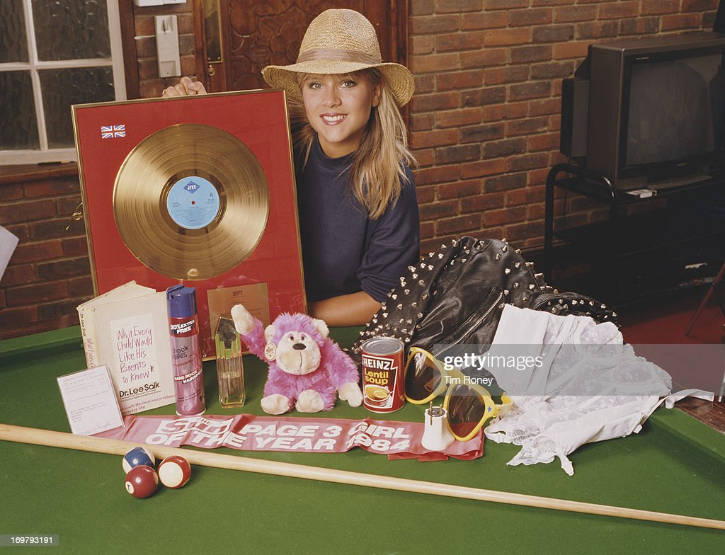 English singer and former glamour model Samantha Fox with her hit single 'Touch Me (I Want Your Body), circa 1987.