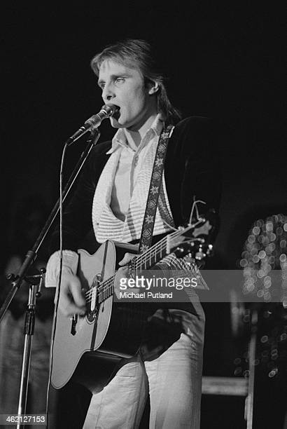 English singer and songwriter Steve Harley performing with rock group Steve Harley Cockney Rebel January 1974