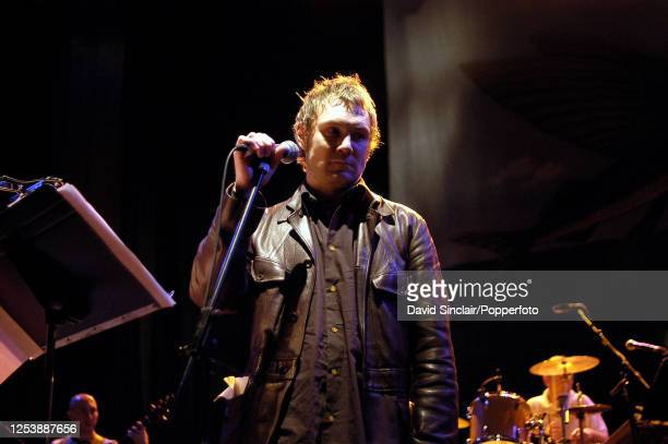 English singer David Gray performs live on stage during the Tribute to Kirsty MacColl concert at The Royal Festival Hall in London on 23rd September...