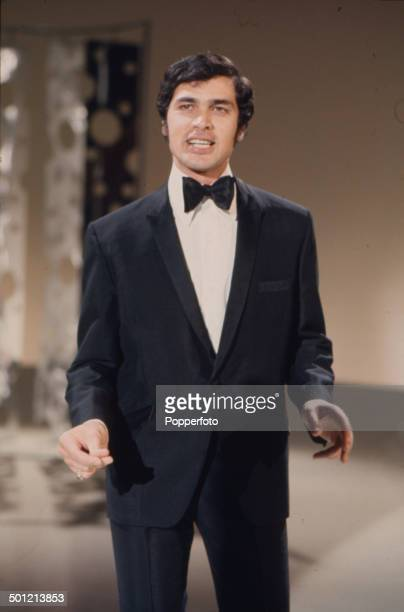 English singer Engelbert Humperdinck performs on his television series 'The Engelbert Humperdinck Show' in 1967