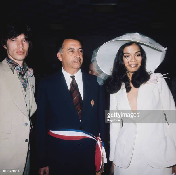 English singer Mick Jagger of rock group The Rolling Stones marries Bianca Pérez-Mora Macias in Saint-Tropez, France, 12th May 1971. Standing between...