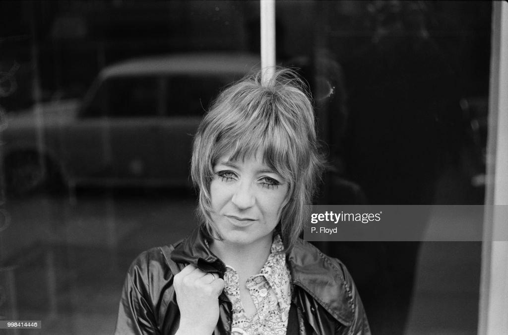 English singer, songwriter and keyboardist Christine McVie, UK, 19th April 1969.