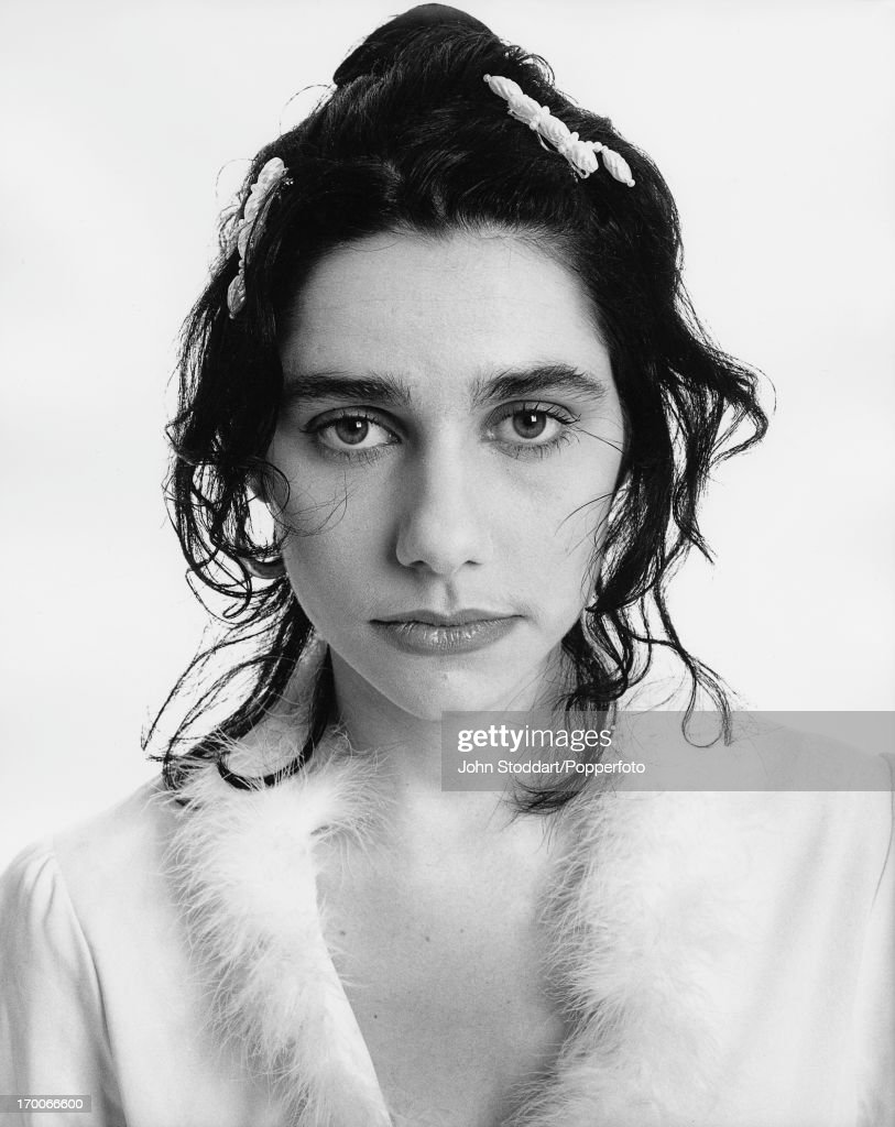 English singer, songwriter and musician PJ Harvey, 1994.