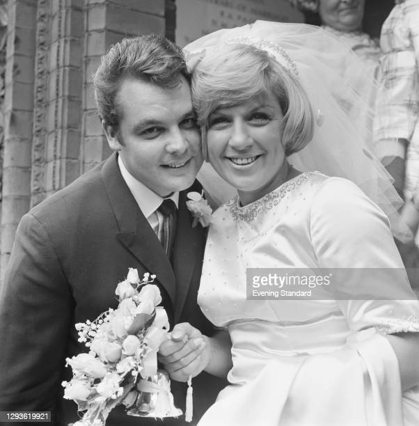 English singer-songwriter and actress Jackie Trent marries songwriting partner Tony Hatch, London, UK, 18th August 1967.