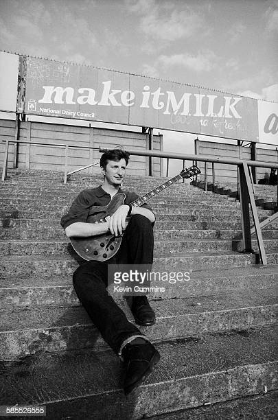 English singer-songwriter Billy Bragg in Tipperary, Ireland, 3rd August 1991. (Photo by Kevin Cummins/Getty Images