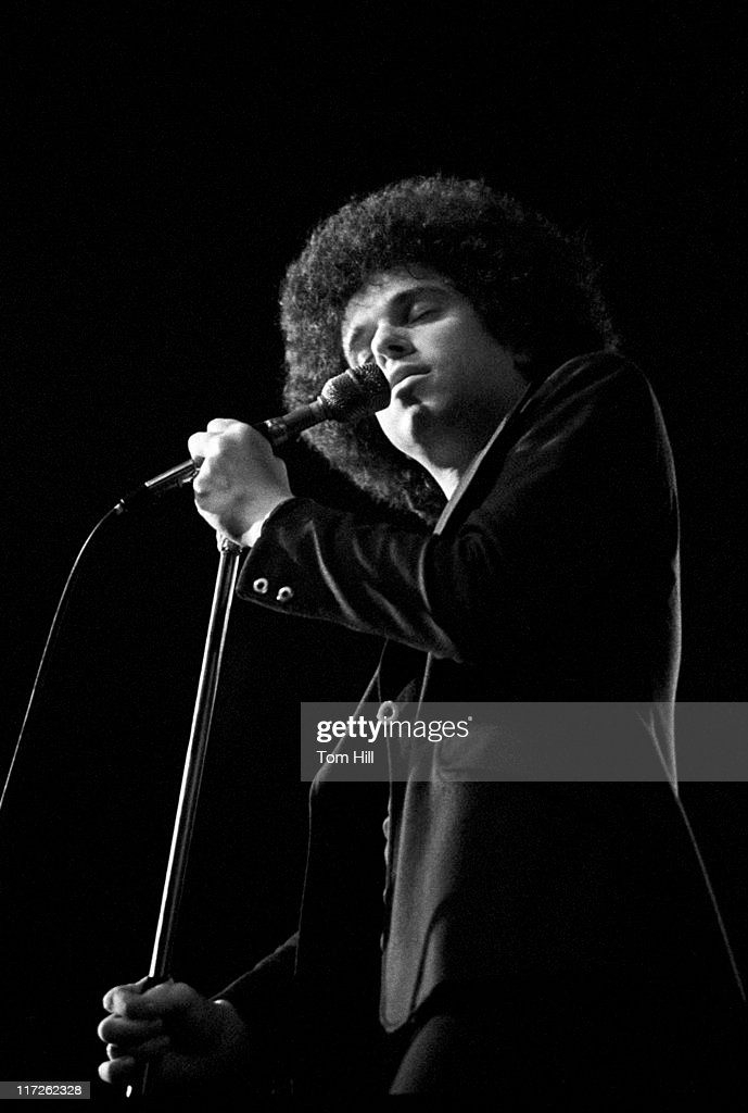 Leo Sayer in Concert at the Great Southeast Music Hall in Atlanta - April 1,