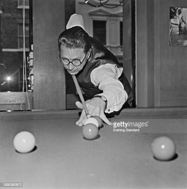 English snooker player John Pulman , UK, 5th August 1972.