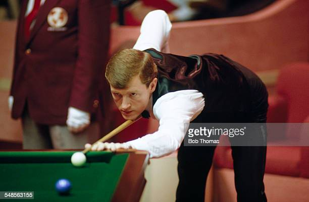 English snooker player Steve Davis competing at the Embassy World Snooker Championship Sheffield April 1989 Davis later won the final for the sixth...
