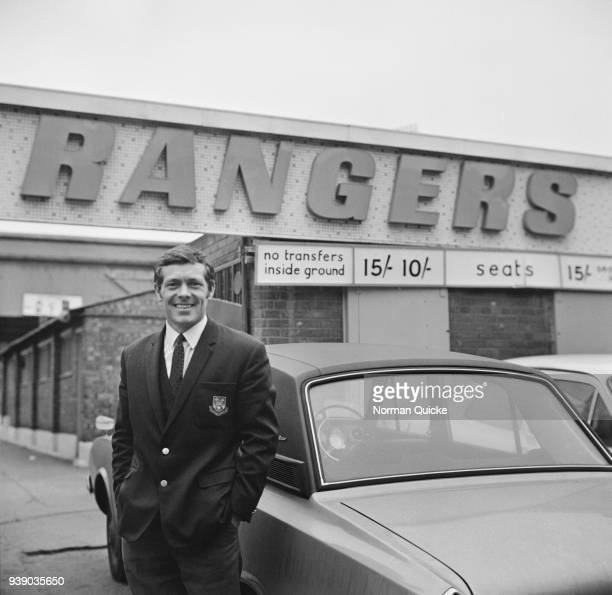 English soccer player Les Allen, later manager of Queens Park Rangers FC, outside Loftus Road Stadium, London, UK, 5th December 1968.