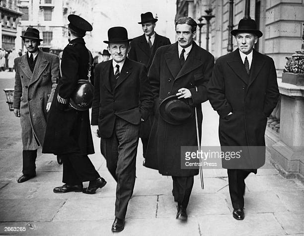 English soldier and public official Maurio Pascal Hankey arriving at an Allied War Council meeting in London with secretary of state for war Sir...