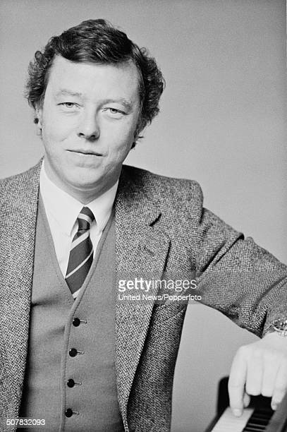 English songwriter and pianist Peter Skellern in London on 9th May 1983.