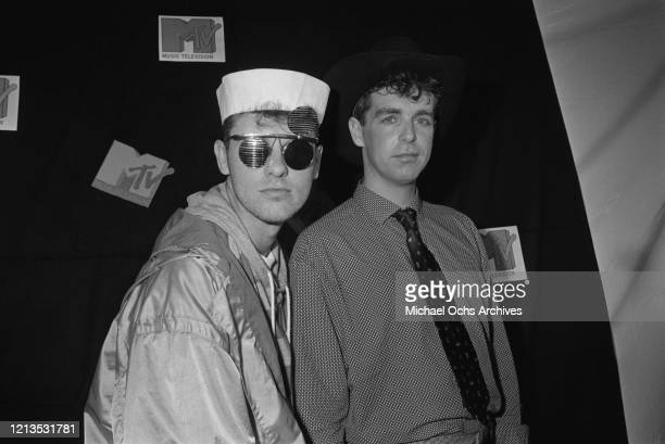 English synth-pop duo the Pet Shop Boys at the MTV Video Music Awards in Los Angeles, 5th September 1986. They are Chris Lowe and Neil Tennant.