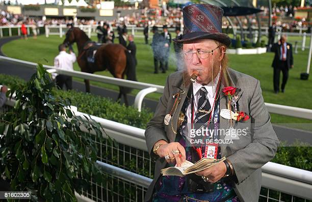 English television horse racing pundit john McCririck is pictured on the first day of Royal Ascot at Ascot racecourse in southern England, on June...