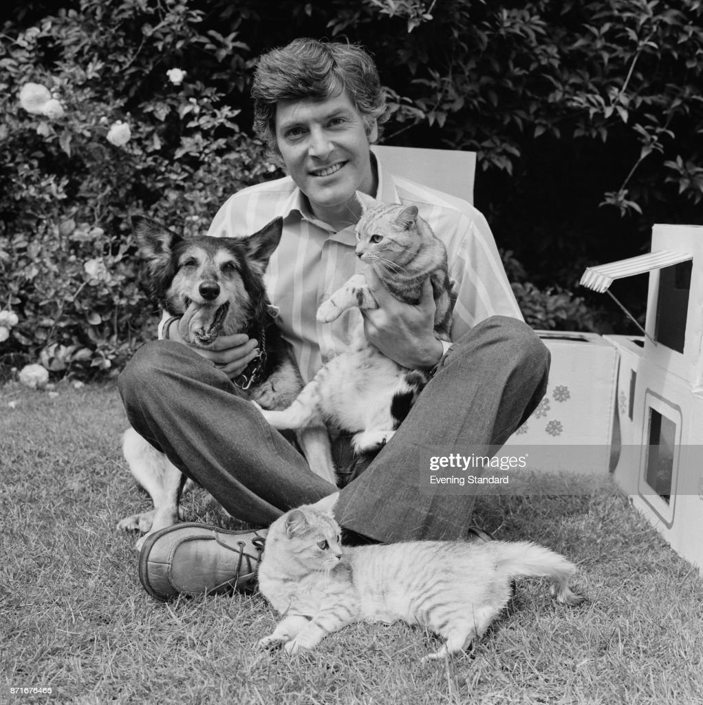 Peter Purves Pictures Getty Images # Pose Television En Bois