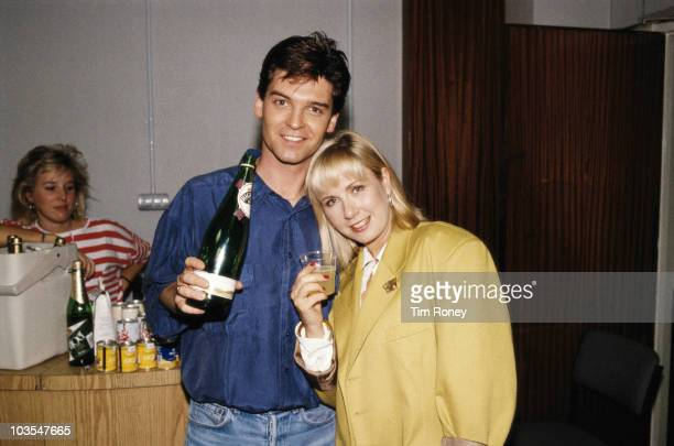English television presenters Phillip Schofield and Sarah Greene of 'Going Live' 1990