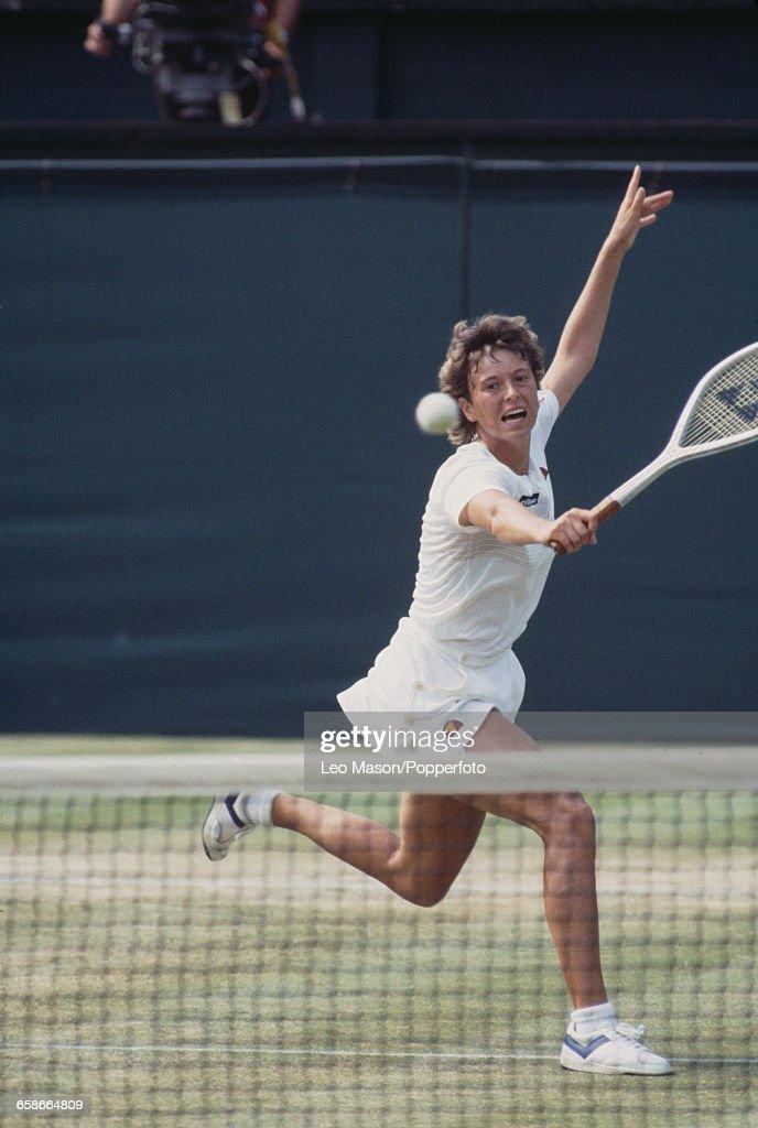 Jo Durie At 1983 Wimbledon Championships : News Photo