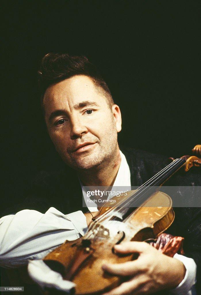English violinist Nigel Kennedy, circa 1995  News Photo - Getty Images