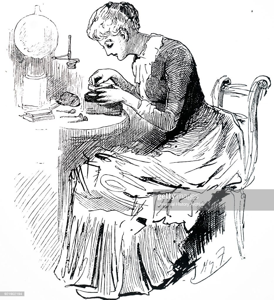 A woman preparing a wood block. : News Photo