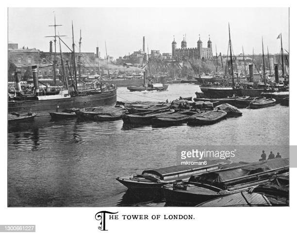 engraving illustration of tower of london in london, england - the royal photographic society stock pictures, royalty-free photos & images