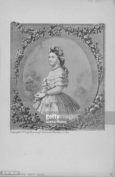 Engraving portrait of Mary Todd Lincoln wife of President Abraham Lincoln wearing flowers in her hair circa 1860