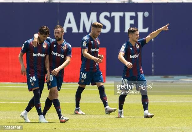Enis Bardhi of Levante UD celebrates after scoring his sides second goal during the Liga match between Levante UD and Real Betis Balompie at Estadi...