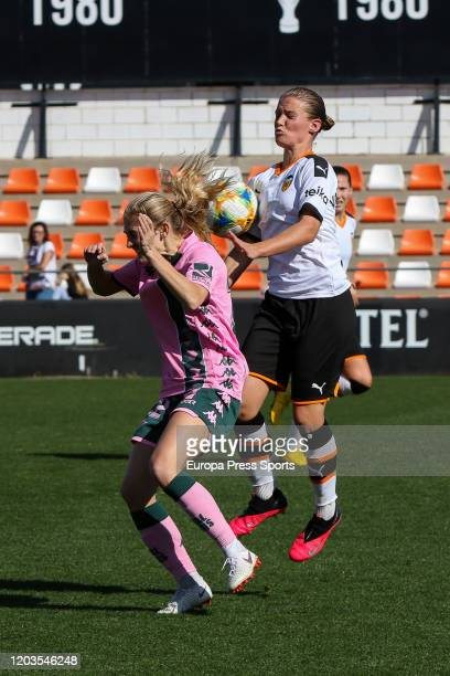 Enith Salon of Valencia CF in action during the Spanish League Primera Iberdrola women football match played between Valencia CF Femenino and Real...