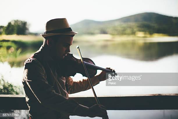 Desfrute de música em natureza a