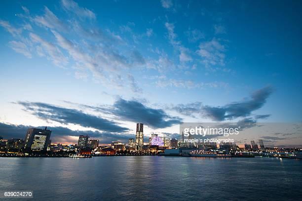 Enjoy the Night View of Yokohama,Japan