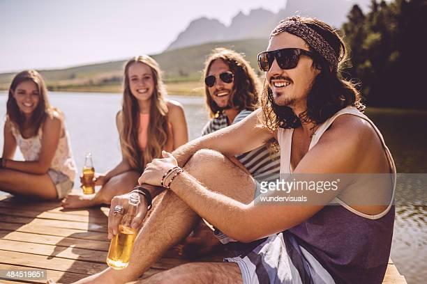 Genießen Sie ein Bier von den See