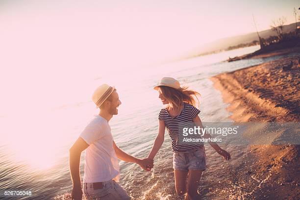 愛と夕日をお楽しみいただけます。