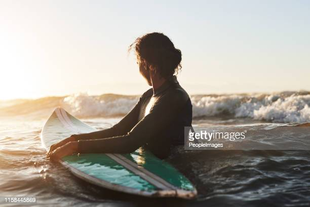 enjoying life one wave at a time - surf stock pictures, royalty-free photos & images