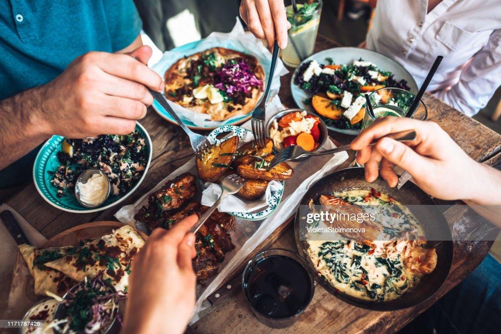 Déjeuner avec des amis : Photo