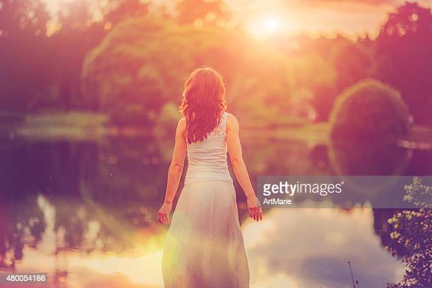 enjoying nature - releasing stock pictures, royalty-free photos & images
