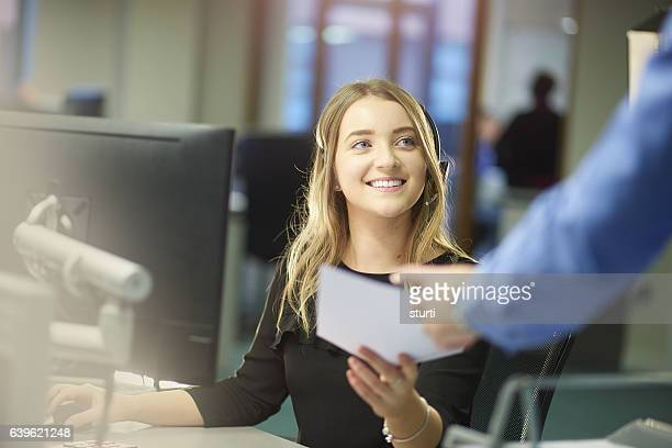 enjoying the new job - part time job stock pictures, royalty-free photos & images