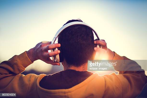 enjoyment - listening stock pictures, royalty-free photos & images