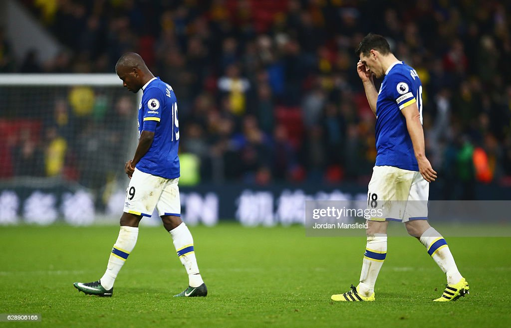Enner Valencia (L) and Gareth Barry of Everton look dejected in defeat after the Premier League match between Watford and Everton at Vicarage Road on December 10, 2016 in Watford, England.