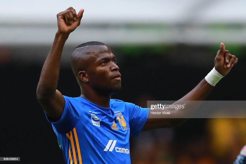 Enner Valencia of Tigres celebrates after scoring the first goal of his team during the 6th round match between America and Tigres UANL as part of the Torneo Apertura 2017 Liga MX at Azteca Stadium on August 23, 2017 in Mexico City, Mexico.