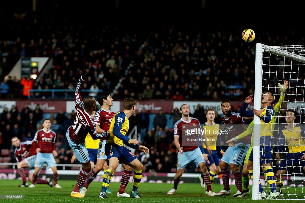 Enner Valencia of West Ham heads the ball over during added time in the Barclays Premier League match between West Ham United and Arsenal at Boleyn Ground on December 28, 2014 in London, England.