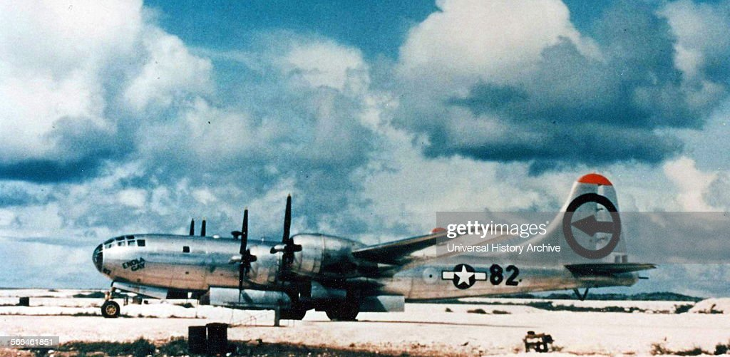 Enola Gay Boeing. : News Photo