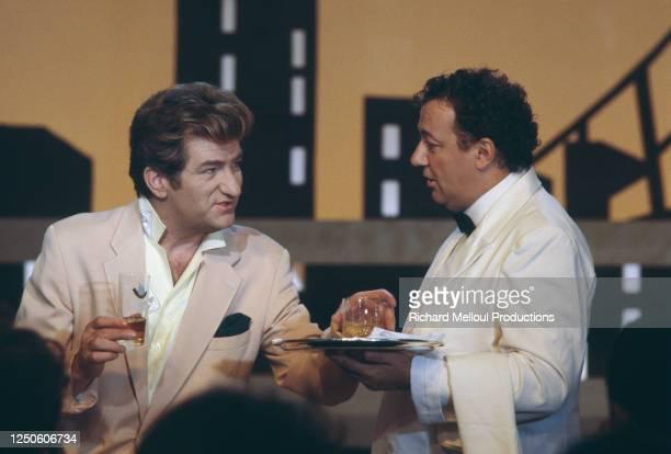 """Enregistrement de l'emission """"Show Sardou"""" avec le chanteur Eddy Mitchell et le comedien Coluche."""
