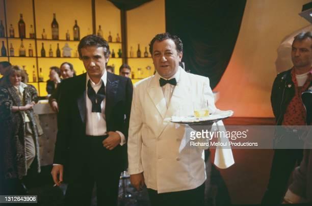 """Enregistrement de l'emission """"Show Sardou"""" avec le chanteur Michel Sardou et le comedien Michel Colucci alias Coluche."""