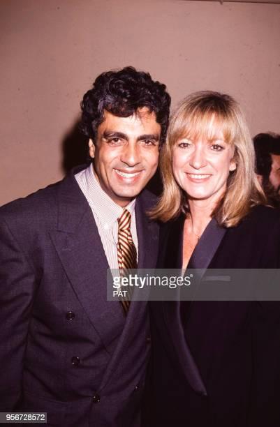 Enrico Macias et Alice Dona lors d'une soirée en octobre 1991 à Paris France