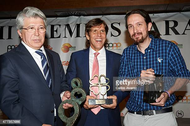 Enrique Cerezo Spanish bullfigther Manuel Diaz El Cordobes and Party Podemos leader Pablo Iglesias attend the Naranja y Limon awards 2015 at the...