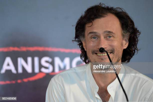 Enrique Diaz speaks during the press conference for the new Netflix series O Mecanismo at the Belmond Copacabana Palace Hotel on March 15 2018 in Rio...