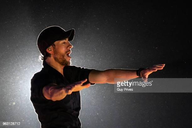 Enrique Iglesias at Park HaYarkon on May 27 2018 in Tel Aviv Israel